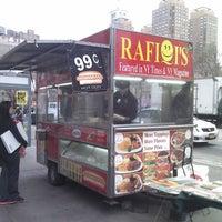 Photo taken at Rafiqi's Halal Food by Luis N. on 3/11/2013