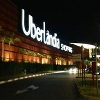 Foto tirada no(a) Uberlândia Shopping por Rafaela M. em 6/2/2013