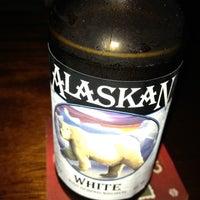 Foto tomada en McElroy's Pub por Carrie Rose S. el 6/24/2013
