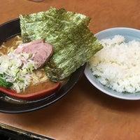 Photo taken at 横浜ラーメン武蔵家 幡ヶ谷店 by がす ぴ. on 6/7/2016