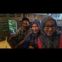 Photo taken at Ayam dadakan by tri u. on 4/18/2015