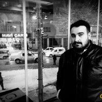 Photo taken at Usta Kuaför by Ali Rahime Y. on 4/14/2015
