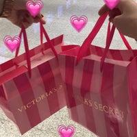 Photo taken at Victoria secret by Baaike C. on 4/3/2016