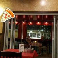 Photo taken at Bobby V's Italian Restaurant Pizzeria by Tolga E. on 11/29/2017