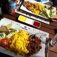 3/24/2013 tarihinde Sevtap T.ziyaretçi tarafından Beef&Chicken Bahçeşehir'de çekilen fotoğraf