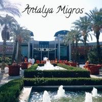 Foto scattata a Antalya Migros AVM da Antalya Migros AVM il 4/20/2015