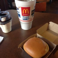 Photo taken at McDonald's by Dennis M. on 8/31/2014