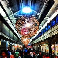 รูปภาพถ่ายที่ Chelsea Market โดย Leonardo C. เมื่อ 7/14/2013