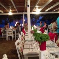 6/26/2013 tarihinde Botan G.ziyaretçi tarafından Gümüşcafe Restaurant'de çekilen fotoğraf