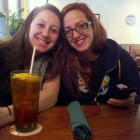 Photo taken at Olive Garden by CJ T. on 11/10/2012