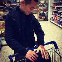 Photo taken at Tesco by Lin X. on 10/26/2014