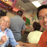 Photo taken at Baskin-Robbins by Felix R. on 4/25/2014
