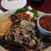 Photo taken at Las Mananitas Mexican Restaurant by Omar G. on 7/6/2014