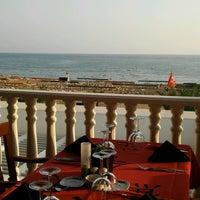 Photo taken at China Town Restaurant by Özgür D. on 9/16/2017