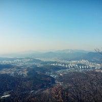 Photo taken at 목표봉 by ChongWoo L. on 11/14/2014