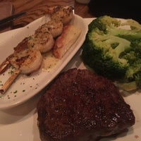 Photo taken at Outback Steakhouse by Ava B. on 11/7/2015