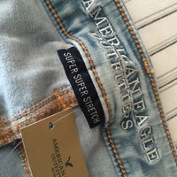 Photo taken at American Eagle Outfitters by Ava B. on 8/16/2015