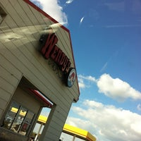 Photo taken at Wendy's by Roy E. on 10/12/2012