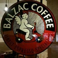 Das Foto wurde bei Balzac Coffee von Fritz-Joël M. am 12/15/2017 aufgenommen