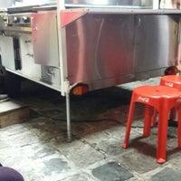 Foto tirada no(a) Hot Dog Pit Stop por Sérgio U. em 3/14/2016