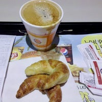 Photo taken at Burger King by Marcelo L. on 5/10/2013