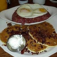 รูปภาพถ่ายที่ The Original Pancake House โดย Jesse เมื่อ 12/17/2012