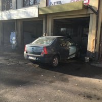 Photo taken at Spalatorie Auto by Marian C. on 12/23/2015