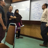 Photo taken at Makmal Rekabentuk Jentera, Fakulti Kejuruteraan UPM by Zaidatul A. on 4/13/2017