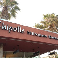 Photo taken at Chipotle Mexican Grill by Steven T. on 7/24/2013