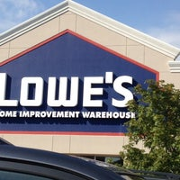Photo taken at Lowe's Home Improvement by Steven T. on 9/4/2014