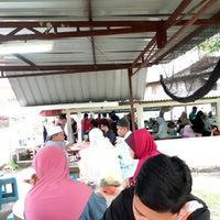 Photo taken at Kedai Kopi Sinah by Mohd yusof M. on 3/4/2017