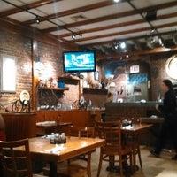 Photo taken at Europa Pizzeria by jose luis m. on 4/30/2014