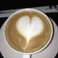 1/24/2013 tarihinde SiN@n C.ziyaretçi tarafından Starbucks'de çekilen fotoğraf