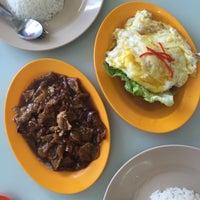 Photo taken at Restoran Ping Wah by Gary H. on 1/2/2016