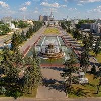 Photo taken at (VDNKh) Vystavka Dostizheniy Narodnogo Khozyaystva by ВДНХ (Выставка достижений народного хозяйства) on 4/21/2015