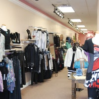 Photo taken at Kelly's Casuals by Kelly's Casuals on 4/21/2015