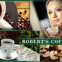 4/21/2015 tarihinde Robert's Coffeeziyaretçi tarafından Robert's Coffee'de çekilen fotoğraf