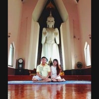 Photo taken at วัดศาลาลอย by PHETPAILIN P. [. on 7/13/2013