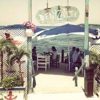 5/18/2013 tarihinde Ceren Y.ziyaretçi tarafından Denizaltı Cafe & Restaurant'de çekilen fotoğraf