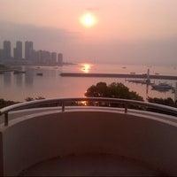 Photo taken at 南海酒店 Nanhai Hotel Shenzhen by sube p. on 3/20/2013