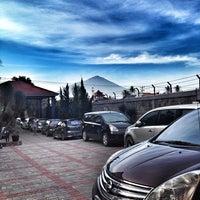 Photo taken at Hotel & Resto Bintang Redannte by Ferdy A. on 12/27/2013