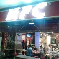 Photo taken at KFC by Kurdi L. on 12/14/2014