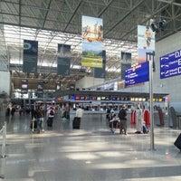 10/18/2012 tarihinde Ben S.ziyaretçi tarafından Terminal 2'de çekilen fotoğraf