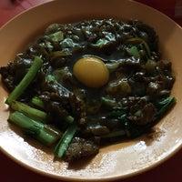 Photo taken at Restoran San Ching San Hokkien Mee 新青山福建麵茶餐室 by Sharon :) on 10/10/2016