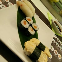 Photo taken at Moy Sushi by petaqui on 7/6/2015