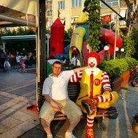 Photo taken at McDonald's by Ömer Nuri Ç. on 6/30/2013