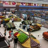Photo taken at Cometa Supermercados by Paulo P. on 12/1/2012