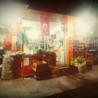 Photo taken at Hasoğlu Ticaret by İsa Ö. on 10/26/2015