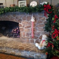 Photo taken at Cracker Barrel Old Country Store by John G. on 12/14/2012