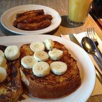 Das Foto wurde bei Little Pete's von Eat Drink & Be Philly o. am 11/22/2012 aufgenommen